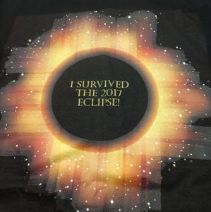 Anvil T-SHIRT 2017 Eclipse Survivor shirt XL size